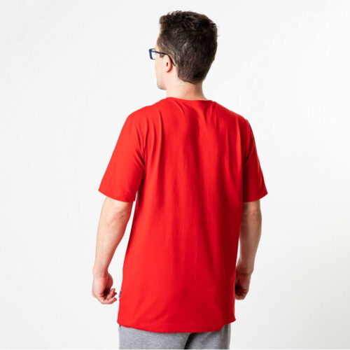 Pentti pusero T-paitan ei ahdista