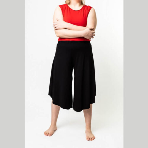Mustat rebekka housut