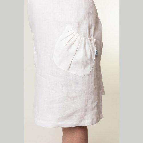 Elina mekon ompelukaavassa näyttävä ja naisellinen laskostettu päälitasku