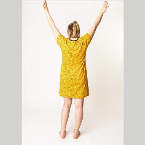 Maire paituli on mukava pitkä kesäpaita ompelukaava