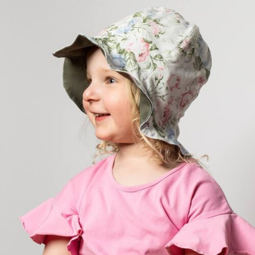 Kissankello hattu ompelukaava lastenhattu suojaa niskaa