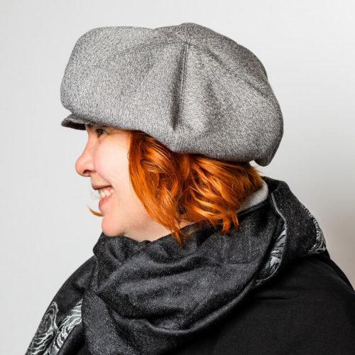 Naisten lipallinen hattu