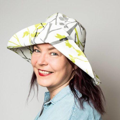 Nepalinhanhikki hatun ompelukaava on kesähattu naisille