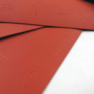 Punainen Vibram kengänpohja 2mm