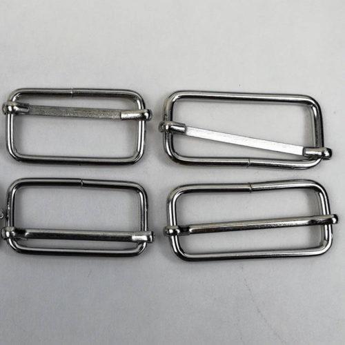 Metallisia säätösolkia
