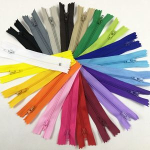 Vetoketju monta väriä ja pituutta 10, 15, 20, 30, 40, 60, 80 ja 100 cm