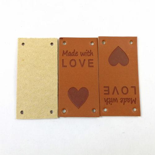 Made with love teksti kiinnitettäväksi eri tekstileihin