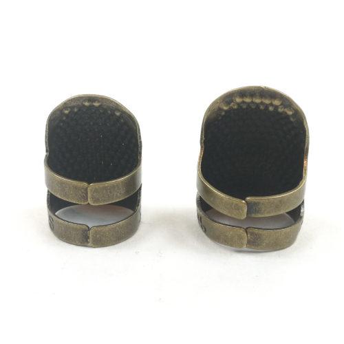 Metallinen sormisuoja sormustin