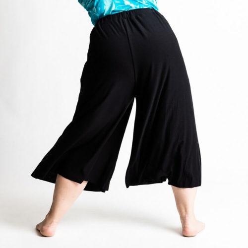 Taina housuhameen kaava. Taina culottes sewing pattern