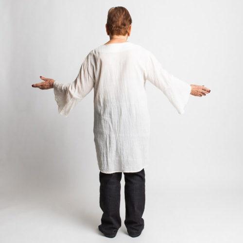 Teresia pusero ompelukaavassa on kaareva takakappaleen helma