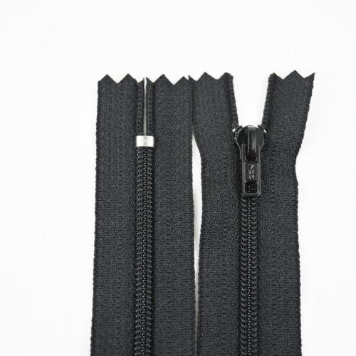 Musta vetoketju 13cm